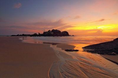 beach sunset image